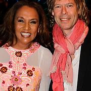 NLD/Noordwijk/20100502 - Gerard Joling 50ste verjaardag, Patty Brard en partner Antoine van de Vijver