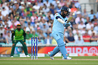 Cricket - 2019 ICC Cricket World Cup - Group Stage: England vs. South Africa<br /> <br /> England's Moeen Ali in action today during the ICC Cricket World Cup match between England and South Africa, at The Kia Oval.<br /> <br /> COLORSPORT/ASHLEY WESTERN