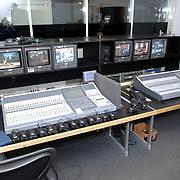 NLD/Eemnes/20060921 - Perspresentatie de Gouden Kooi, geluidkamer