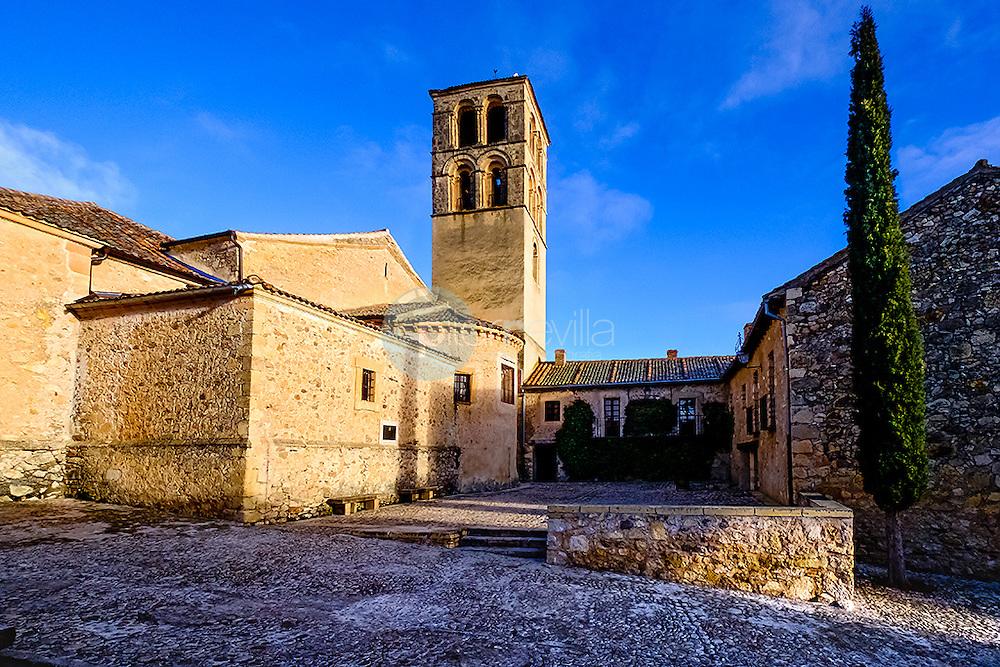 Iglesia de San Juan Bautista en Pedraza . Segovia. Castilla y Leon. España. Europa ©Country Sessions / PILAR REVILLA