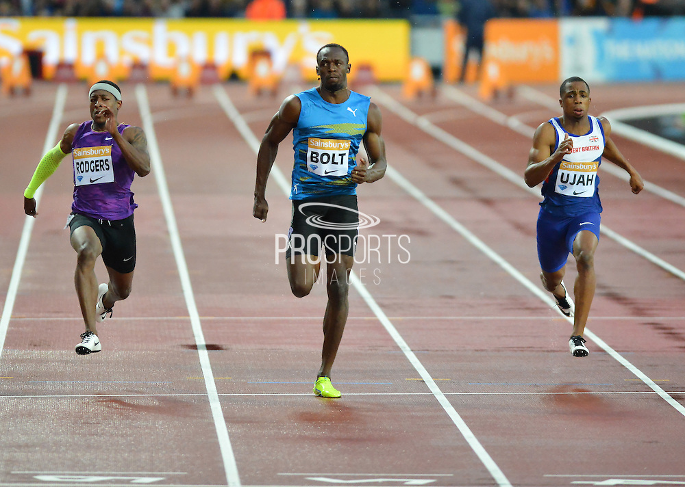 Usain Bolt wins heat B of the Mens 100m at the Sainsbury's Anniversary Games at the Queen Elizabeth II Olympic Park, London, United Kingdom on 24 July 2015. Photo by Mark Davies.