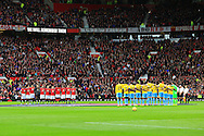 The sides take part in a minute silence - Manchester United vs. Crystal Palace - Barclay's Premier League - Old Trafford - Manchester - 08/11/2014 Pic Philip Oldham/Sportimage