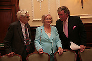 Charles Wheeler, Liz Smith and Terry Wogan, Oldie of the Year Awards. Simpsons-in-the-Strand. London. 13 March 2007.  -DO NOT ARCHIVE-© Copyright Photograph by Dafydd Jones. 248 Clapham Rd. London SW9 0PZ. Tel 0207 820 0771. www.dafjones.com.