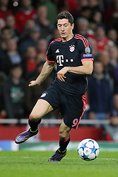 20.10.2015, Emirates Stadium, London, ENG, UEFA CL, FC Arsenal vs FC Bayern Muenchen, Gruppe F, im Bild Robert Lewandowski #9 (FC Bayern Muenchen) // during UEFA Champions League group F match between Arsenal FC and FC Bayern Munich at the Emirates Stadium in London, Great Britain on 2015/10/20. EXPA Pictures © 2015, PhotoCredit: EXPA/ Eibner-Pressefoto/ Kolbert<br /> <br /> *****ATTENTION - OUT of GER*****