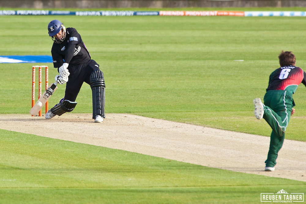 Ross Taylor of Durham Dynamos has a field day against Leicestershire Foxes, he smacked nine (9) six's in to the stands, and notched up 80 runs. Man of the Match.