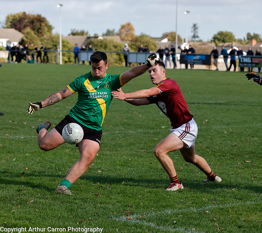 3/10/21 Thomas Davis player Adam Maoillir in action against St Oliver Plunkett's in their Dublin MFC B game in Kiltipper. Pictures: Arthur Carron