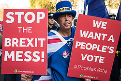 London, UK. 14th November, 2018. Anti-Brexit activists from SODEM (Stand of Defiance European Movement) protest outside Downing Street on the day on which Prime Minister Theresa May convened an emergency Brexit Cabinet meeting to seek Cabinet approval of a draft of the final Brexit agreement.