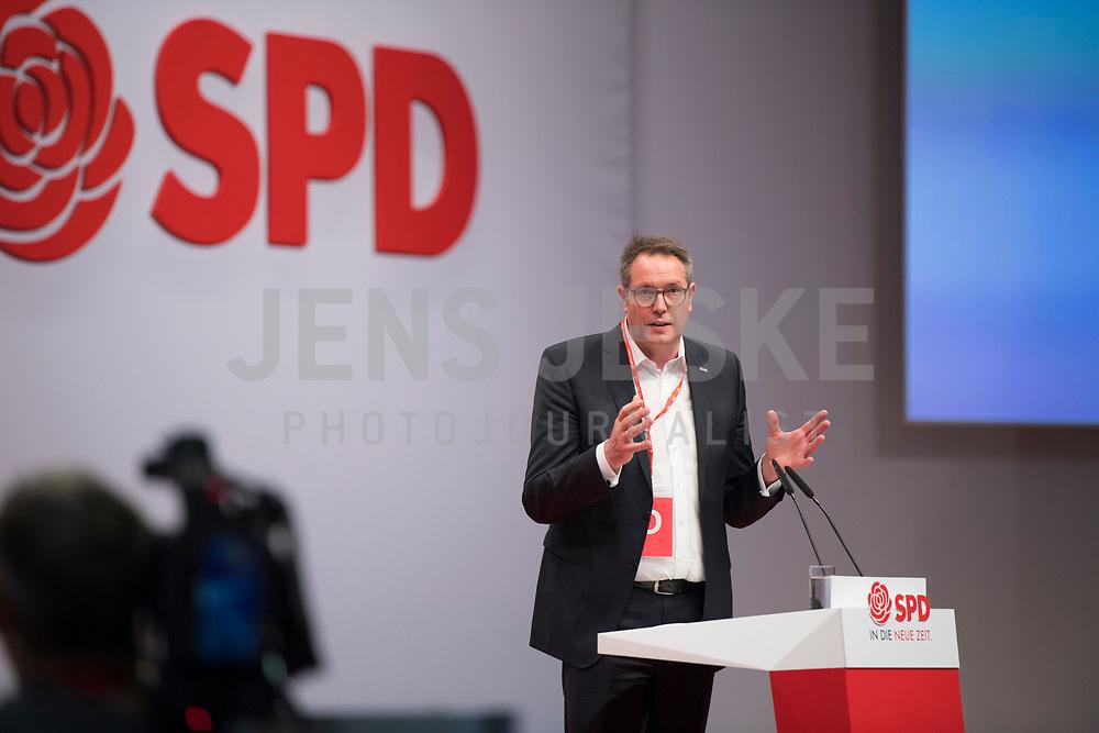 DEU, Deutschland, Germany, Berlin, 06.12.2019: Alexander Schweitzer, Vorsitzender der SPD-Fraktion im Landtag Rheinland-Pfalz, beim Bundesparteitag der SPD im CityCube.