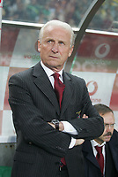 """PORTUGAL - LISBOA 08 JANUARY 2005: Benfica coach GEOVANI  TRAPATTONI in the 16¼ leg of the Super Liga, season 2004/2005, match  Sporting CP vs SL Benfica (2 - 1), held in """"Alvalade XXI"""" stadium,  08/01/2005  21:48:20<br />(PHOTO BY: NUNO ALEGRIA/AFCD)<br /><br />PORTUGAL OUT, PARTNER COUNTRY ONLY, ARCHIVE OUT, EDITORIAL USE ONLY, CREDIT LINE IS MANDATORY<br /> AFCD-PHOTO AGENCY 2005 © ALL RIGHTS RESERVED"""