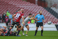 Sam Wolstenholme of Wasps pings a pass - Mandatory by-line: Nick Browning/JMP - 28/11/2020 - RUGBY - Kingsholm - Gloucester, England - Gloucester Rugby v Wasps - Gallagher Premiership Rugby