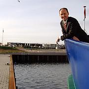 Gerbrand Schutte van de Aqualiner voor parkeerterrein haven Huizen
