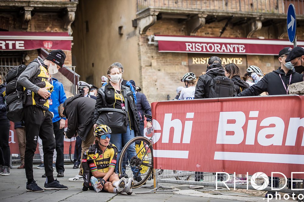Marianne Vos (NED/Jumbo Visma) post race exhausted<br /> <br /> 7th Strade Bianche Women Elite <br /> Siena > Siena 136km<br /> <br /> ©RhodePhoto