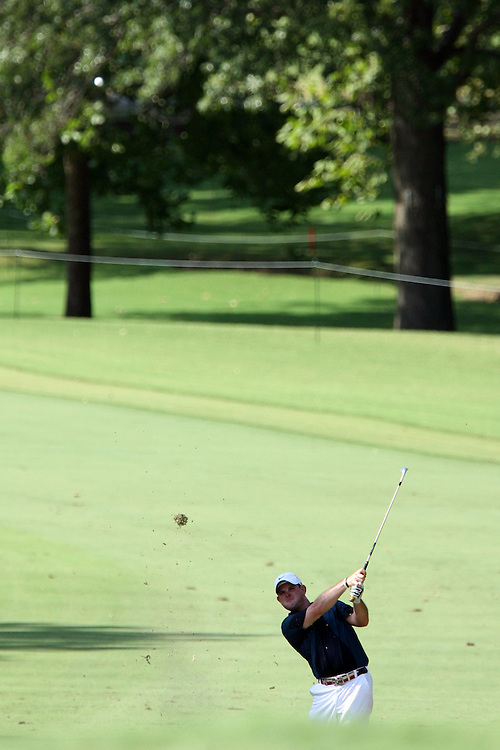 09 August 2007: Rory Sabbatini makes an approach shot to the 9th green during the first round of the 89th PGA Championship at Southern Hills Country Club in Tulsa, OK.