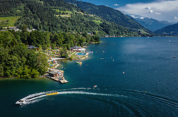 THEMENBILD - das Strandbad Thumersbach am See am Zeller See, aufgenommen am 24. Juli 2019 in Zell am See, Österreich // the beach Thumersbach at the Zeller Lake, Zell am See, Austria on 2019/07/24. EXPA Pictures © 2019, PhotoCredit: EXPA/ JFK