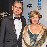 NLD/Hilversum/20150217 - Inloop Buma Awards 2015, Mathilde Santing en partner Zed