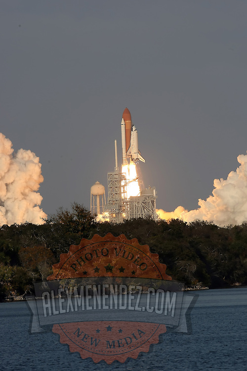 Space shuttle Discovery lifts off from the Kennedy Space Center in Cape Canaveral, Fla., Thursday, Feb. 24, 2011. Discovery, the world's most traveled spaceship, thundered into orbit for the final time Thursday, heading toward the International Space Station on a journey that marks the beginning of the end of the shuttle era. (AP Photo/Alex Menendez)