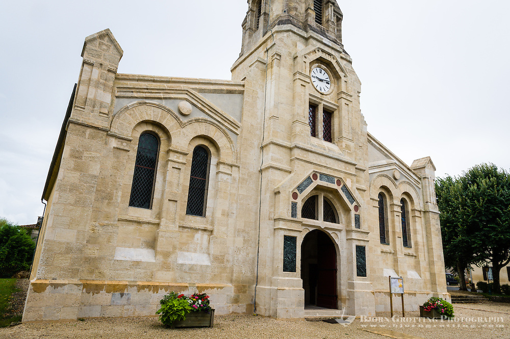 France, Sauternes. Church.