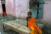 The monastery of Angkor Wat is run down and unhygenic. The novice monkare listless and reduced to salvaging an income from selling rubbish.