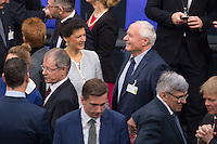 12 FEB 2017, BERLIN/GERMANY:<br /> Sarah Wagenknecht (L), Die Linke Fraktionsvorsitzende, und Oskar Lafontaine (R), Die Linke, Fraktionsvoritzender Landtag Saarland, im Gespraech, 16. Bundesversammlung zur Wahl des Bundespraesidenten, Reichstagsgebaeude, Deutscher Bundestag<br /> IMAGE: 20170212-02-014<br /> KEYWORDS: Gespräch, Ehepartner, Ehefrau, Ehemann, Bundespraesidentenwahl, Bundespräsidetenwahl