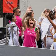 NLD/Amsterdam/20190803 - Gaypride 2019, Selena Visser en elize, Elise van de Horst