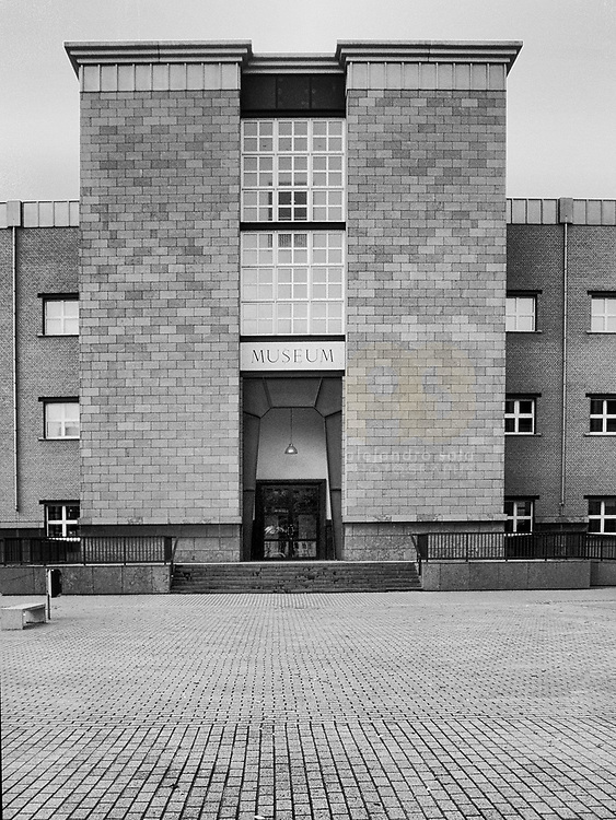 Maastricht, The Netherlands, 2002: View of the main entrance of the Bonnefanten Museum at Ave Ceramique by Aldo Rossi arch. Photographs by Alejandro Sala | Visit Shop Images to purchase and download a digital file and explore other Alejandro-Sala images…
