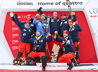 VAL GARDENA,ITALY,16.DEC.17 - ALPINE SKIING - FIS World Cup, downhill, men. Image shows the rejoicing of Kjetil Jansrud and Aksel Lund Svindal (NOR) with their team.<br /> Norway only