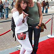 NLD/Amsterdam/20110731 - Premiere circus Hurricane met Hans Klok, Ellen ten Damme en vriendin Afke Reijenga