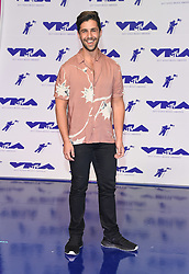 August 27, 2017 - Inglewood, California, U.S. - Josh Peck arrives for the 2017 MTV Video Music Awards at The Forum. (Credit Image: © Lisa O'Connor via ZUMA Wire)