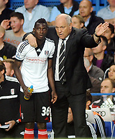 Football - Chelsea v Fulham Premier league<br />  @ Stamford Bridge <br /> Martin Jol - Fulham manager gives instructions to new boy Buomesca Tue Na Bangna