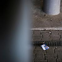 22.03.2020, Vonovia Ruhrstadion , Bochum<br /> <br /> im Bild | picture shows:<br /> <br /> Rund um das Bochumer Vonovia Ruhrstadion herrscht komplette Leere. Ein einsames Ticket liegt auf dem Boden vor dem Treppenaufgang zu den Tribuenen. <br /> <br /> Foto © nordphoto / Rauch
