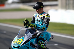 November 17, 2019, Cheste, VALENCIA, SPAIN: Lorenzo Dalla Porta, raider of Leopard Racing from Italy, put his gloves during the World Champion photo during the Valencia Grand Prix of MotoGP World Championship celebrated at Circuit Ricardo Tormo on November 16, 2019, in Cheste, Spain. (Credit Image: © AFP7 via ZUMA Wire)