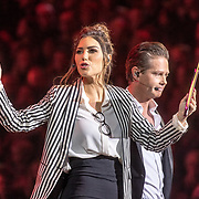 NLD/Amsterdam/20171223 - The Christmas Show 2017 in de Ziggo Dome, Yolanthe Sneijder-Cabau en Danny de Munk