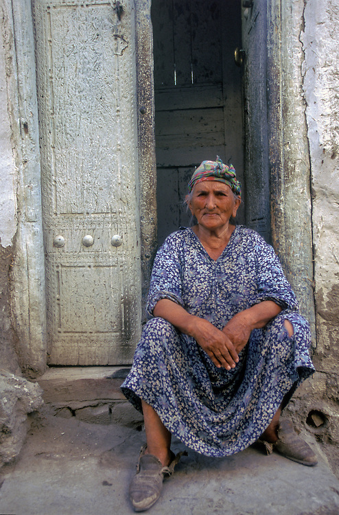 Portrait of a lady, Samarkand, Uzbekistan