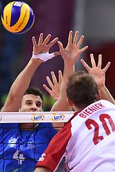 Jan Kozamernik of Slovenia and Mateusz Bieniek of Poland during the CEV Volleyball European Championship game Poland - Slovenia on August 30, 2017 in Krakow, Poland. (Photo by Krzysztof Porebski / Press Focus)