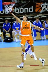 13-09-2008 BASKETBAL: NEDERLAND - IJSLAND: ALMERE<br /> De Nederlandse basketballers hebben hun tweede zege geboekt voor het ek van 2009 in de B-divisie. Oranje versloeg IJsland in almere met 84-68 / Rogier Jansen<br /> ©2008-WWW.FOTOHOOGENDOORN.NL