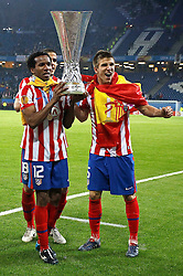 12.05.2010, Hamburg Arena, Hamburg, GER, UEFA Europa League Finale, Atletico Madrid vs Fulham FC im Bild.Atletico de Madrid's Paulo Assuncao, Alvaro Dominguez and Ignacio Camacho celebrate with trophy. EXPA Pictures © 2010, PhotoCredit: EXPA/ nph/  Alvaro Hernandez / SPORTIDA PHOTO AGENCY