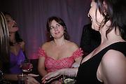 Alexandra Shulman. Selfridges Las Vegas dinner hosted by  hon Galen , Hillary Weston and Allanah Weston. Selfridges Oxford St. 20 April 2005. ONE TIME USE ONLY - DO NOT ARCHIVE  © Copyright Photograph by Dafydd Jones 66 Stockwell Park Rd. London SW9 0DA Tel 020 7733 0108 www.dafjones.com