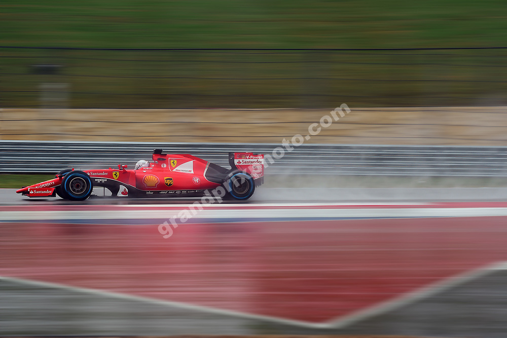 Fernando Alonso (Ferrari) during wet Saturday practice before the 2015 United States Grand Prix at the Circuit of the Americas in Austin, Texas. Photo: Grand Prix Photo