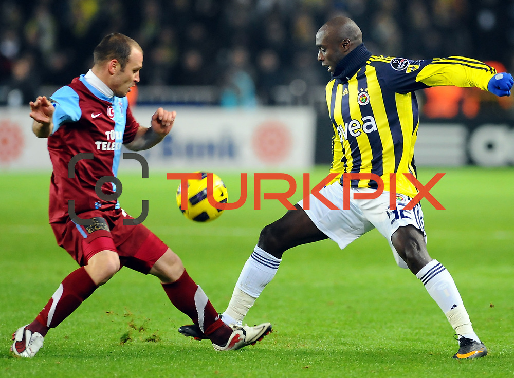 Fenerbahce's Issiar DIA (R) and Trabzonspor's Serkan BALCI (L) during their Turkish superleague soccer derby match Fenerbahce between Trabzonspor at the Sukru Saracaoglu stadium in Istanbul Turkey on Sunday 30 January 2011. Photo by TURKPIX