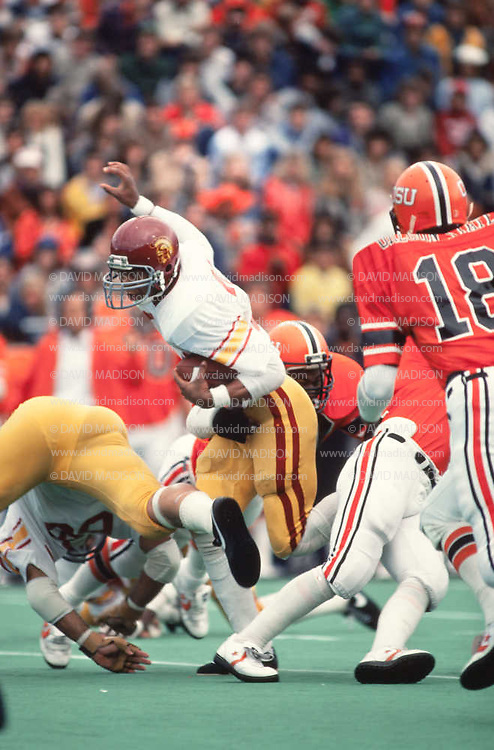 CORVALLIS, OR -  OCTOBER 3:  Marcus Allen #33 of the USC Trojans runs during an NCAA football game against the Oregon State University Beavers played on October 3, 1981 at Parker Stadium in Corvallis, Oregon. (Photo by David Madison/Getty Images) *** Local Caption *** Marcus Allen