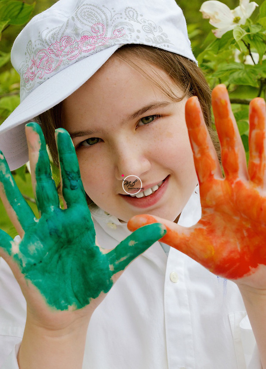 Natasha, Artist, art, painted hands, paint on hands, young girl, girl with painted hands