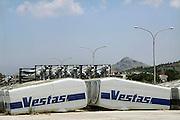 Griekenland, Nafplion, 5-7-2008Delen van windmolens liggen in de haven. Ook in griekenland wordt windenergie gewonnen.Foto: Flip Franssen