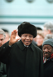 March 18, 1999 - Stockholm, Sweden - NELSON MANDELA waves, before goodbye, before boarding a plane to go home. (Credit Image: © Aftonbladet/IBL/ZUMAPRESS.com)