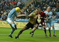 Photo: Ed Godden.<br />Coventry City v Brighton & Hove Albion. Coca Cola Championship. 04/02/2006. <br />Coventry keeper, Marton Fulop, keeps out a Brighton shot.