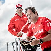 © María Muiña I MAPFRE: Pablo Arrarte y Joan Vila entrenando a bordo del MAPFRE. Pablo Arrarte and Joan Vila training on board MAPFRE.