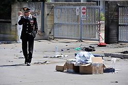 esplosione all'ingresso dell''istituto professionale Morvillo-Falcone Brindisi poco prima dell'inizio delle lezioni. muore una ragazza, altri feriti gravemente.