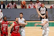 DESCRIZIONE : Siena Lega A 2012-13 Montepaschi Siena Scavolini Banca Marche PU Pesaro<br /> GIOCATORE : Viktor Sanikidze<br /> CATEGORIA : passaggio tiro curiosita<br /> SQUADRA : Montepaschi Siena<br /> EVENTO : Campionato Lega A 2012-2013 <br /> GARA : Montepaschi Siena Scavolini Banca Marche PU Pesaro<br /> DATA : 21/10/2012<br /> SPORT : Pallacanestro <br /> AUTORE : Agenzia Ciamillo-Castoria/P.Lazzeroni<br /> Galleria : Lega Basket A 2012-2013  <br /> Fotonotizia : Siena Lega A 2012-13 Montepaschi Siena Scavolini Banca Marche PU Pesaro<br /> Predefinita :