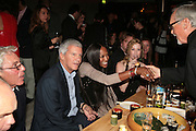 LARRY GAGOSIAN, NAOMI CAMPBELL AND DENNIS HOPPER, Party hosted by Larry Gagosian at Nobu, Berkeley St. London. 9 October 2007. -DO NOT ARCHIVE-© Copyright Photograph by Dafydd Jones. 248 Clapham Rd. London SW9 0PZ. Tel 0207 820 0771. www.dafjones.com.