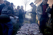 Like all portuguese festivities, Podence Carnival is all about fraternization. That's why people get together to eat barbecue and drink red wine.