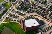 Nederland, Noordoostpolder, Urk, 04-11-2018; Gereformeerde Kerk Urk, kerk De Poort, geparkeerde auto's en fietsen ivm zondagse kerkdienst.<br /> Reformed Church Urk, church De Poort, parked cars and bicycles because of Sunday church service.<br /> <br /> luchtfoto (toeslag op standaard tarieven);<br /> aerial photo (additional fee required);<br /> copyright © foto/photo Siebe Swart